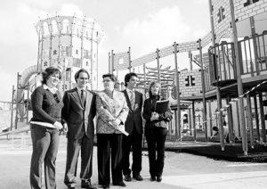 Gijón, Cirer i De Santos, emtre d'altres, a la inauguració d'un castell infantil que va costar 1,4 milions d'euros.